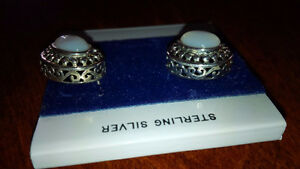 New White Stone Earings - for sale ! Kitchener / Waterloo Kitchener Area image 2