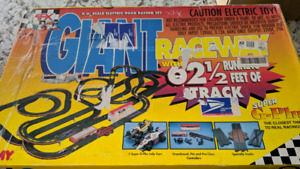 AFX Slot Car Track - No Cars