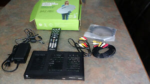 Motorola Shaw Direct HD Receiver HD600 Excellent w remote