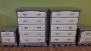 Professionally painted 4 pc 2 tone dresser set
