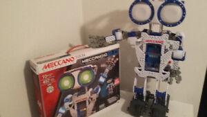 Meccanoid 2.0  Robot qui parle et bouge