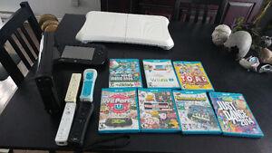Wii U 32gig 4 manettes 7 jeux balance board