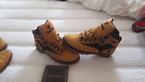 Men's size 11 timberlands brand new