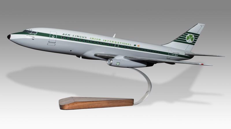 Boeing 737-200 Aer Lingus Solid Kiln Dry Mahogany Wood Handcrafted Display Model