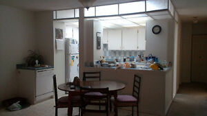 2 Rooms for Rent: Perfect for Students Prince George British Columbia image 2