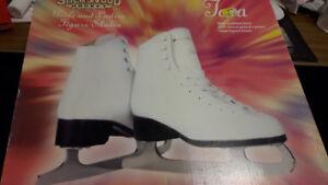 Brand New size 4   girls figure skates