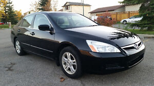2006 Honda Accord EX-L Sedan - Fully Loaded - Great car!