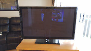 50 Inch Samsung TV Excellent condition $300 OBO