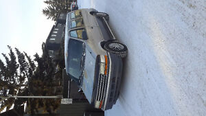 1991 Plymouth Grand Voyager Minivan, Van