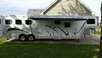 "2005 Kiefer Built ""Genesis X-E123"". 3 horse trailer with LQ"