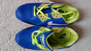 Kids Nike sneakers size 11