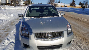2012 Nissan Sentra for sale!! Very good condition!