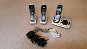 Uniden 6.0 3 cordless phone system
