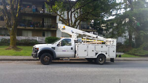 **2008 FORD F450** 35ft BUCKET TRUCK** - $32000