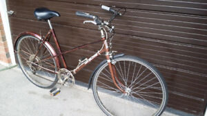 Ladies vintage bike  5ft2 - 5ft8