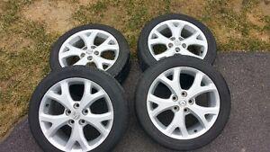 Mag et pneus de Mazda