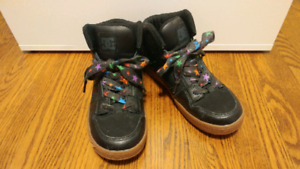 DC high top shoes - size 6