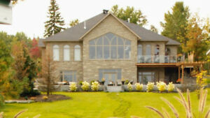 Lake Dream Home, Just a few Hours North of Toronto