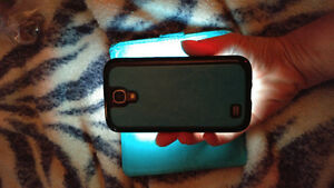 Samsung s4 mint condition London Ontario image 3