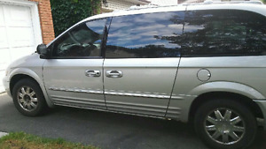 2003 Chrysler Town and Country 2500 obo