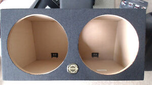 "NEW* BASSWORX 15"" SUBWOOFER ENCLOSURE"