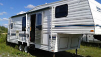 Roulotte Fifth Wheel A Vendre‎