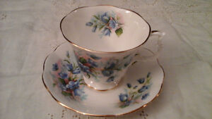 FINE BONE CHINA CUP & SAUCER, BLUE FLOWERS ROYAL ALBERT