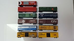 HO Scale -  Model Trains - 50ft Box Cars