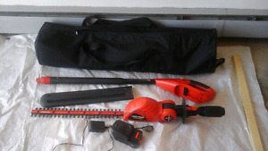Taille-haies Black&Decker/Pole Trimmer