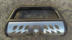 push bar, ram, ford, Chevrolet, jeep  comme neuf