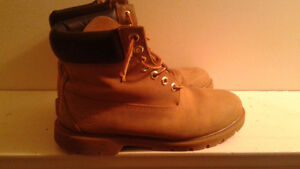 Timberland Boots Mens Size 10 Good Shape $25.Firm