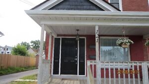 Apartment for rent near downtown in Welland