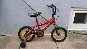 Boys' bicycle with training wheels