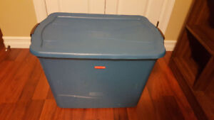 Large Storage Tote Containers