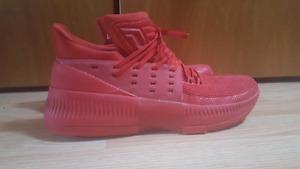 Dame 3 Basketball Shoes