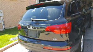 Audi q7 2007 FULLY LOADED with navigation s line price include t