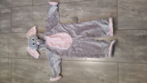 Elephant Costume in size 2T, 3T or 4T