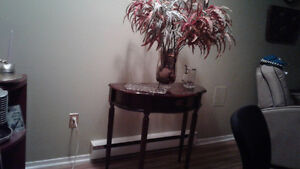 Bombay half moon accent table,good condition has pull out drawer