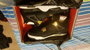 Jordan Royalty 4's for sale Size 9 Never worn