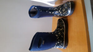Boys Boggs Boots - Size 2