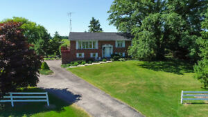 144 ACRE FARM FOR SALE, STATELY PROPERTY WITH CUSTOM BUILT HOME!