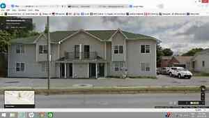 Townhouse style 2B + DEN - your own entrance - Spacious