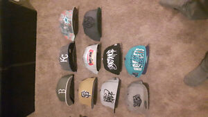 Fitted hats/snapbacks