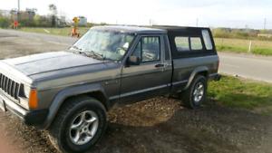 1989 Jeep Comanche - 4L - 5 spd - 4x4
