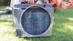 1980 TO 1996 FORD DIESEL F-250 TO F-550 OEM RADIATOR AND  SHROUD Peterborough Peterborough Area image 2