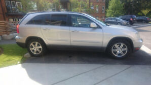 Low Mileage - 2007 Chrysler Pacifica Silver with BlackTrim