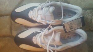 Ladies Adidas Golf Shoe New Size 9