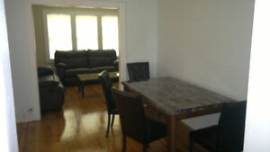 Very nice 2 bedroom apartment Riverside area on 116 Elm