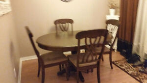 Beautiful Dining room table set