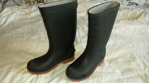 Boys/Girls Rubber Boots Size 1